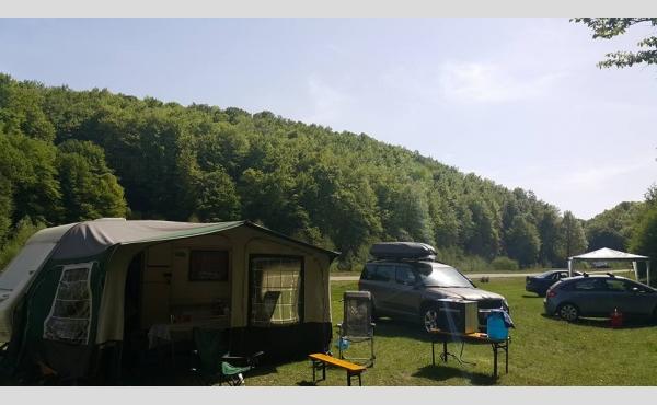 Off-Camping Magureni